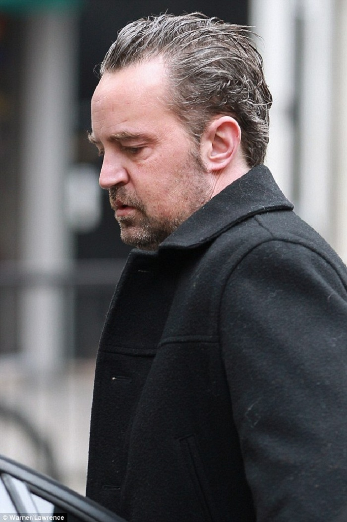 02-Matthew_Perry_46
