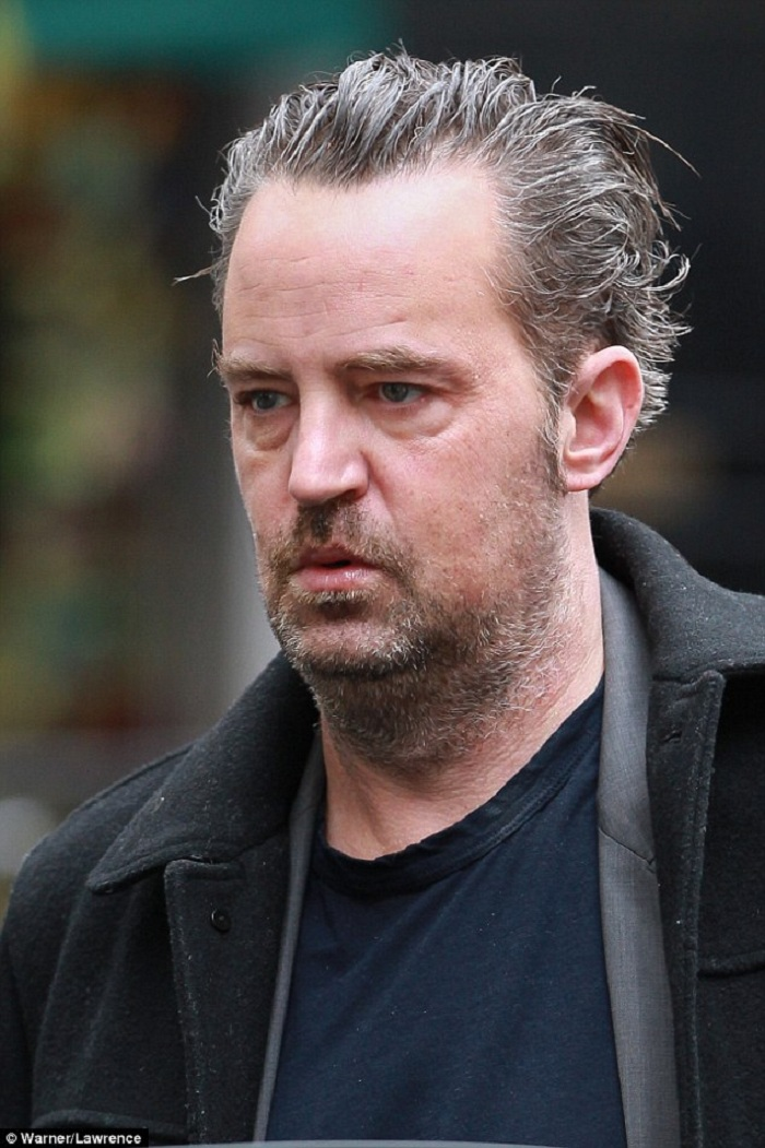 05-Matthew_Perry_46